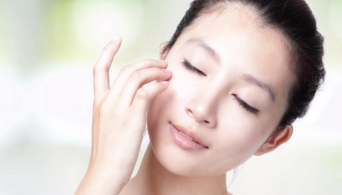 Готовим средство для снятия макияжа из натуральных продуктов в домашних условиях