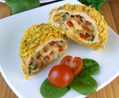 Фантастически вкусные рулетики из куриной грудки с овощами и сыром