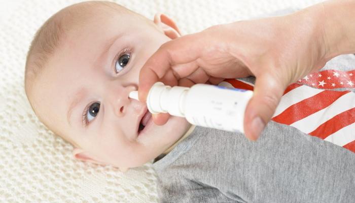 Увлажняющий спрей для детских носиков