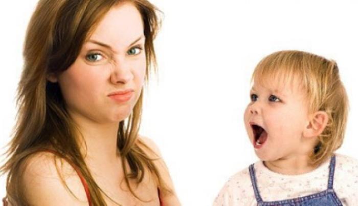 Родители, не стоит бездействовать, если у ребенка появился неприятный запах изо рта