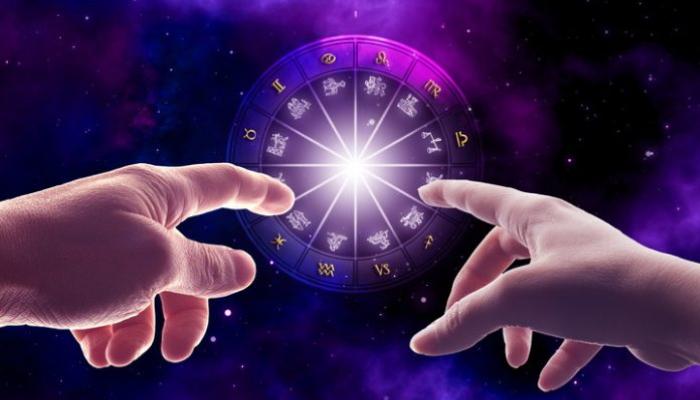 Астрологи выяснили, что эти 17 пар знаков зодиака имеют 100% совместимость в любви
