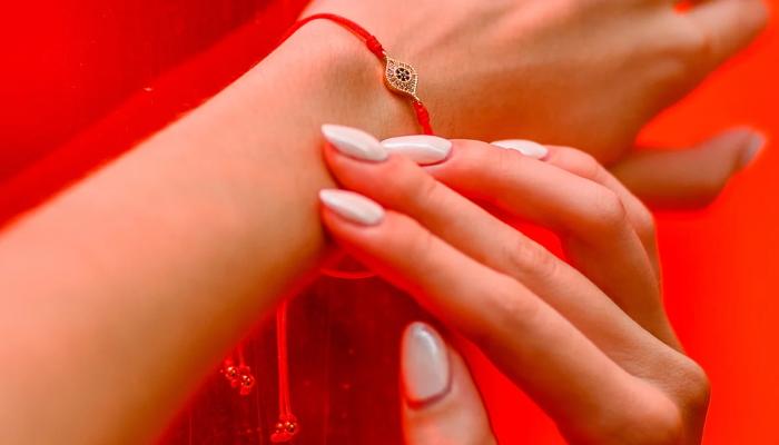 Истинное значение красной нити, обладающей мощной духовной и эзотерической силой